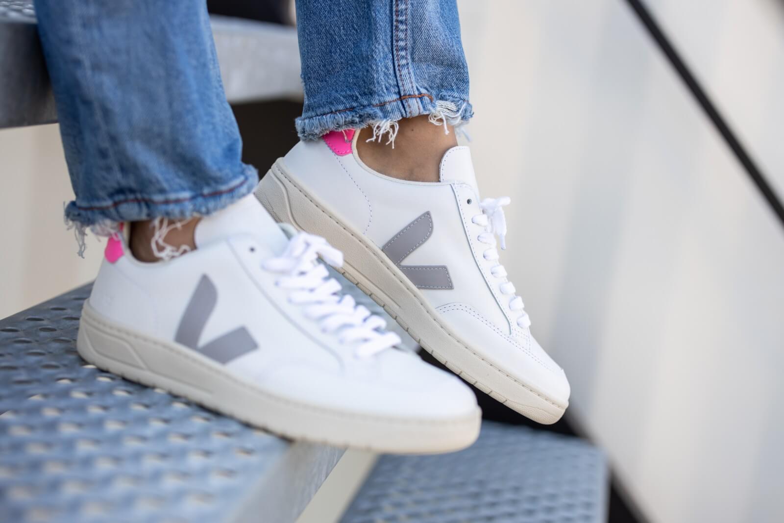 Veja Women's V-12 Leather Extra White