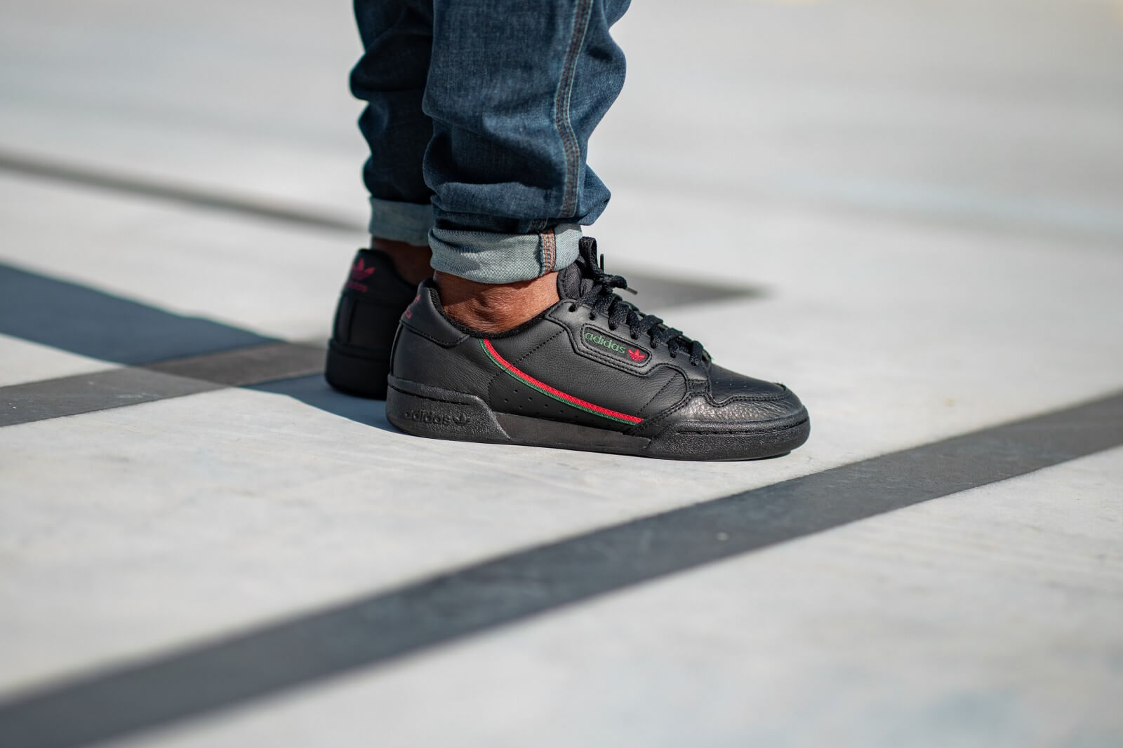 Adidas Continental 80 Core Black/Scarlet-Green