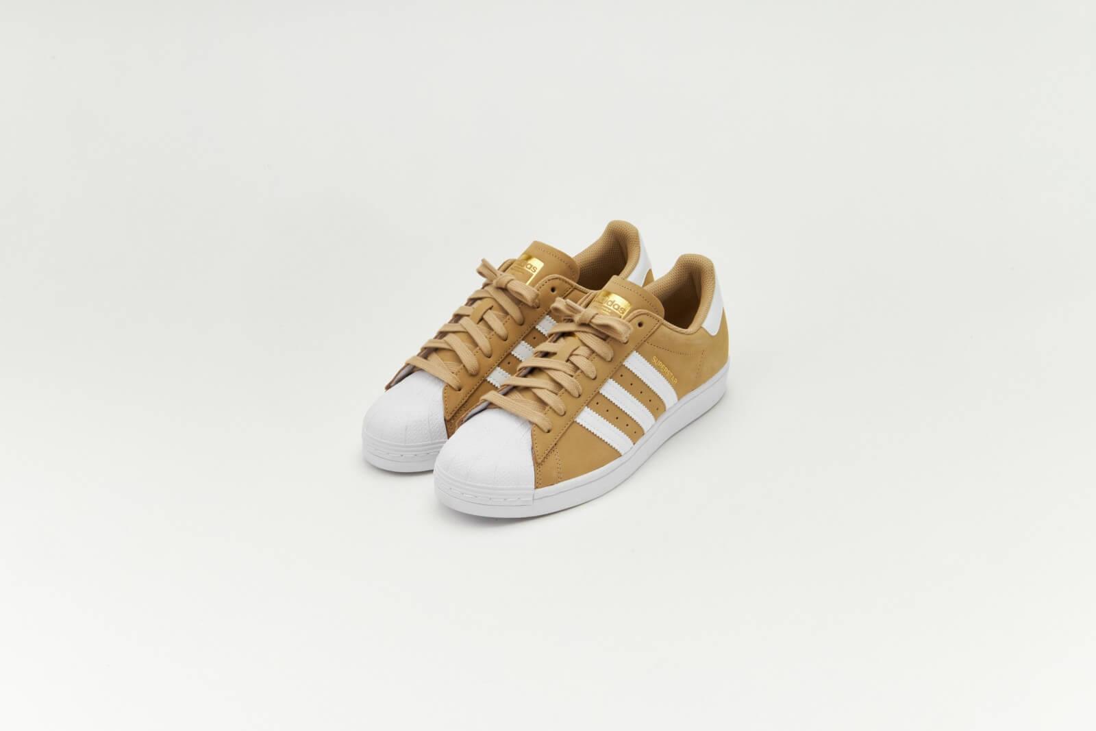 static.sneakerdistrict.nl/images2/adidas-superstar...