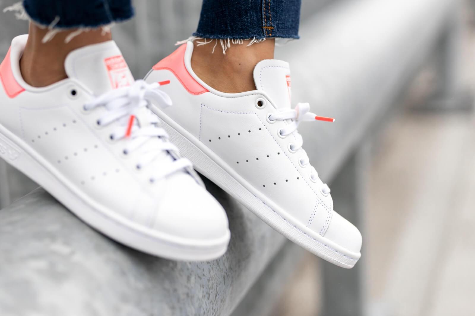 Adidas Women's Stan Smith Cloud White/Signal Pink