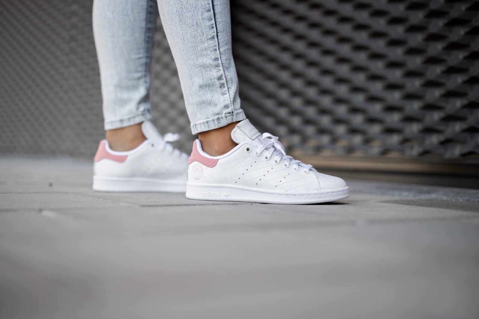 Adidas Women's Stan Smith Footwear White/Glow Pink