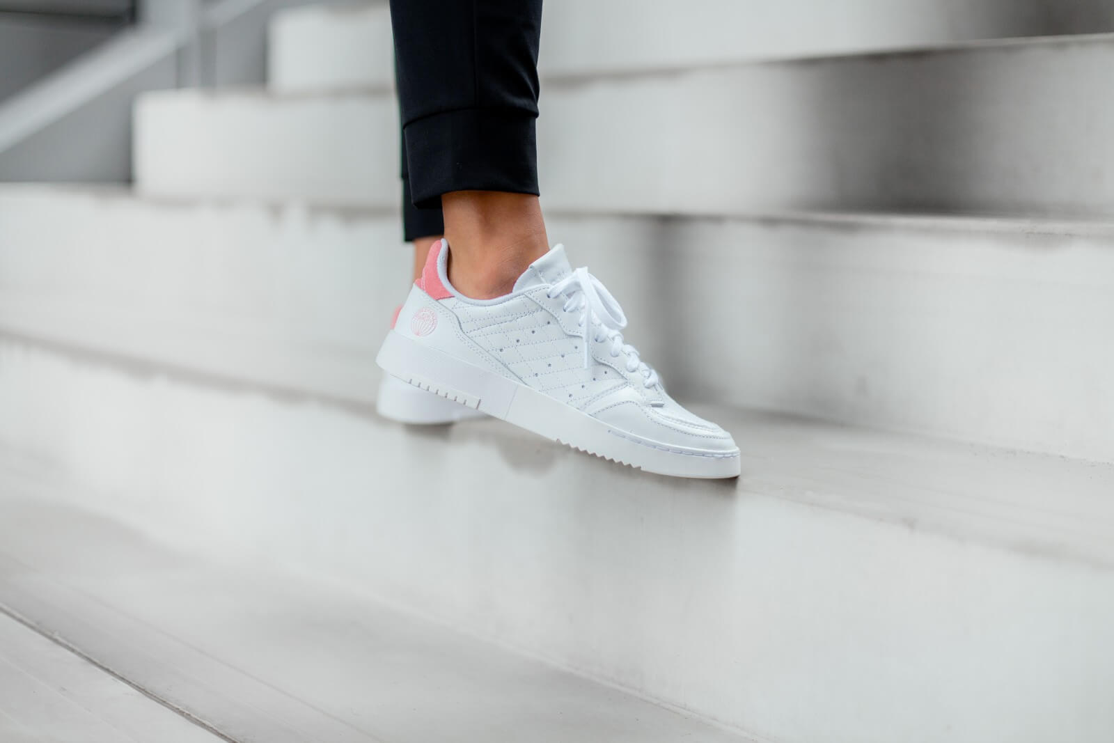 Supercourt Footwear White/Glow Pink