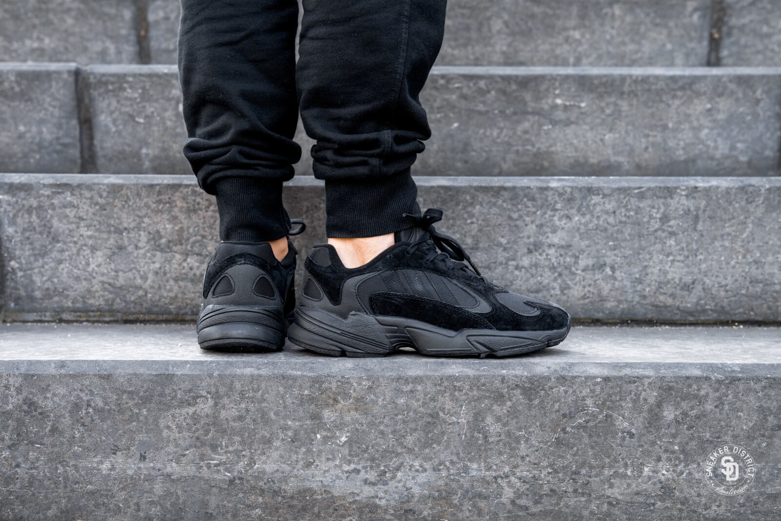Adidas Yung-1 Core Black/Carbon - G27026