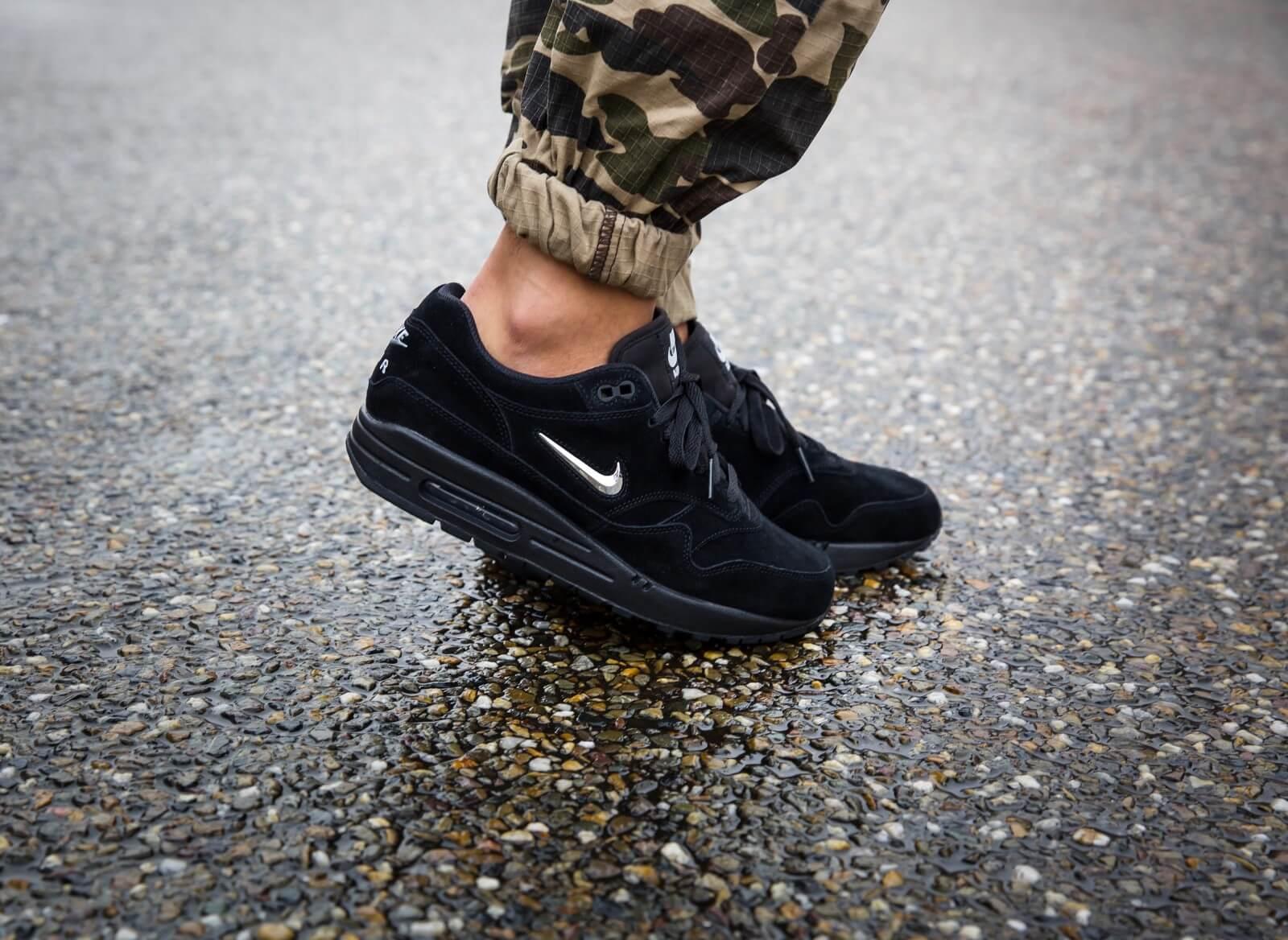 Nike Air Max 1 Premium SC Black/Chrome