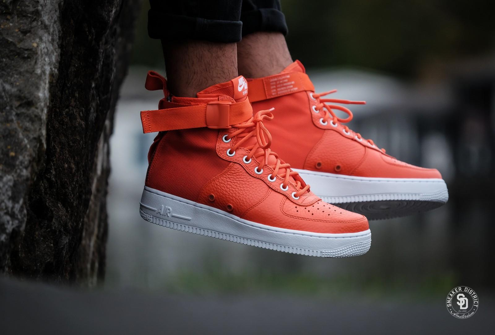 Nike SF Air Force 1 Mid Team Orange