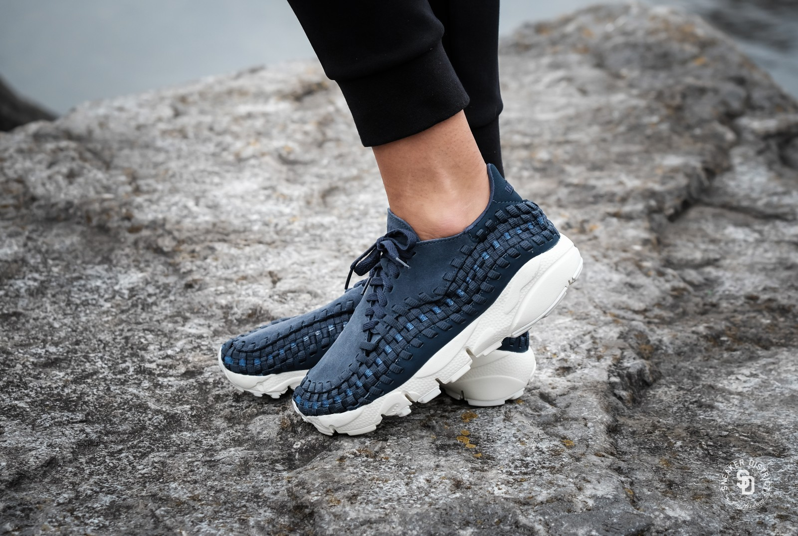 the best attitude 361b4 504f2 ... low cost nike womens air footscape woven thunder blue 44f93 c9029