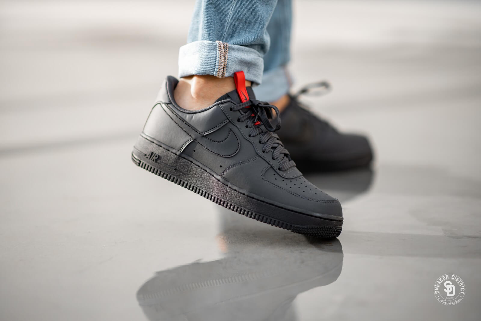Nike Air Force 1 '07 Anthracite/Black-University Red