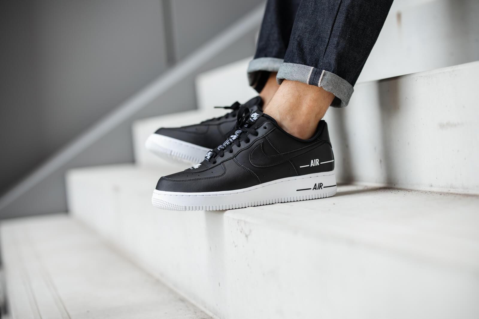 Nike Air Force 1 07 LV8 3 Black/White