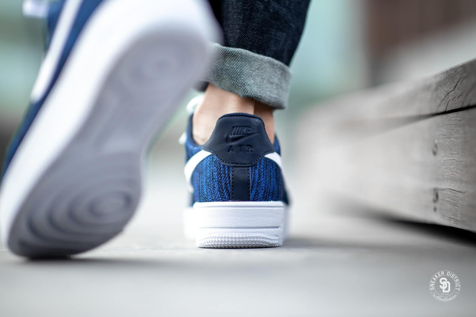 nike air force 1 flyknit 2.0 navy