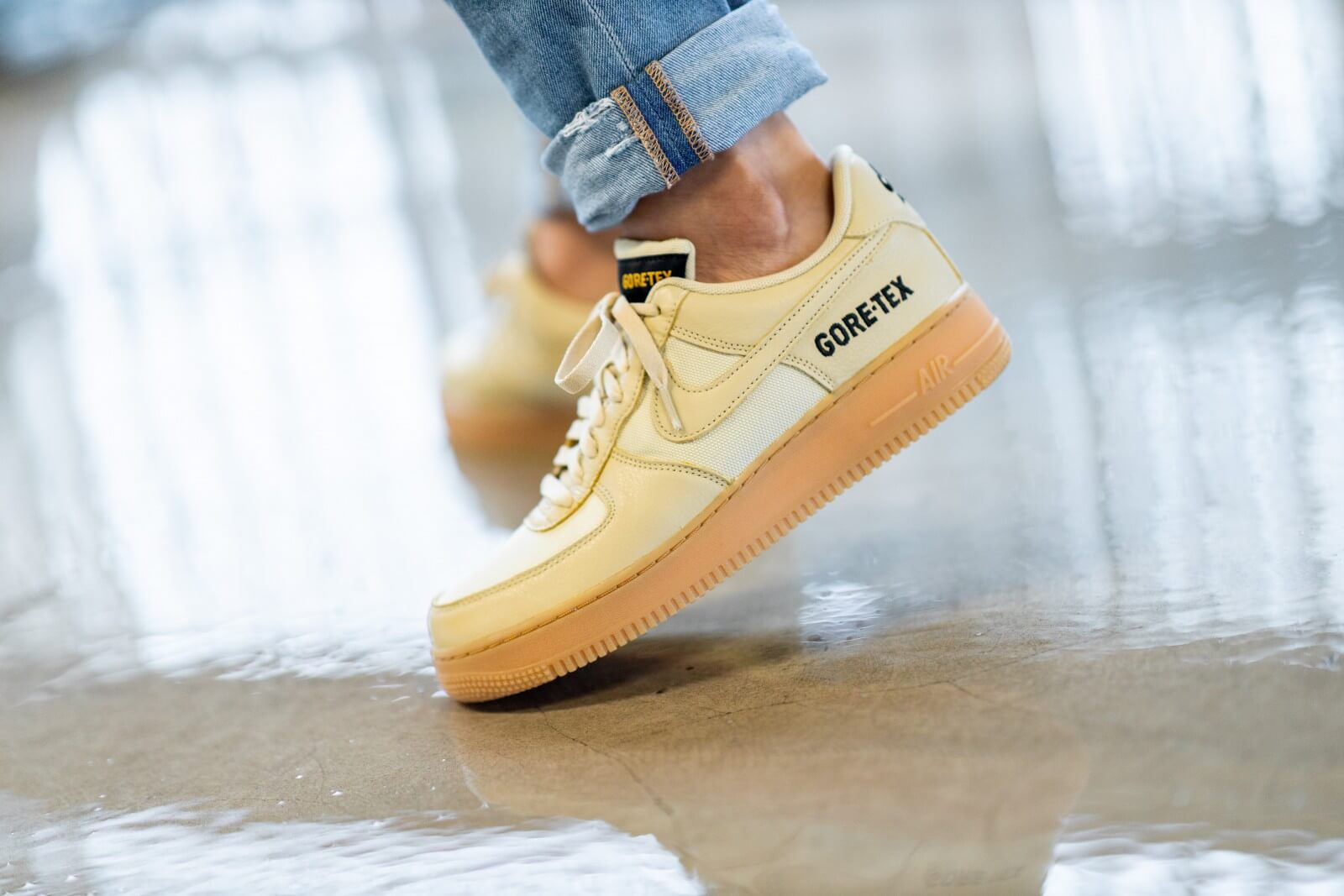 Nike Air Force 1 Gore Tex Team GoldKhaki Black CK2630 700