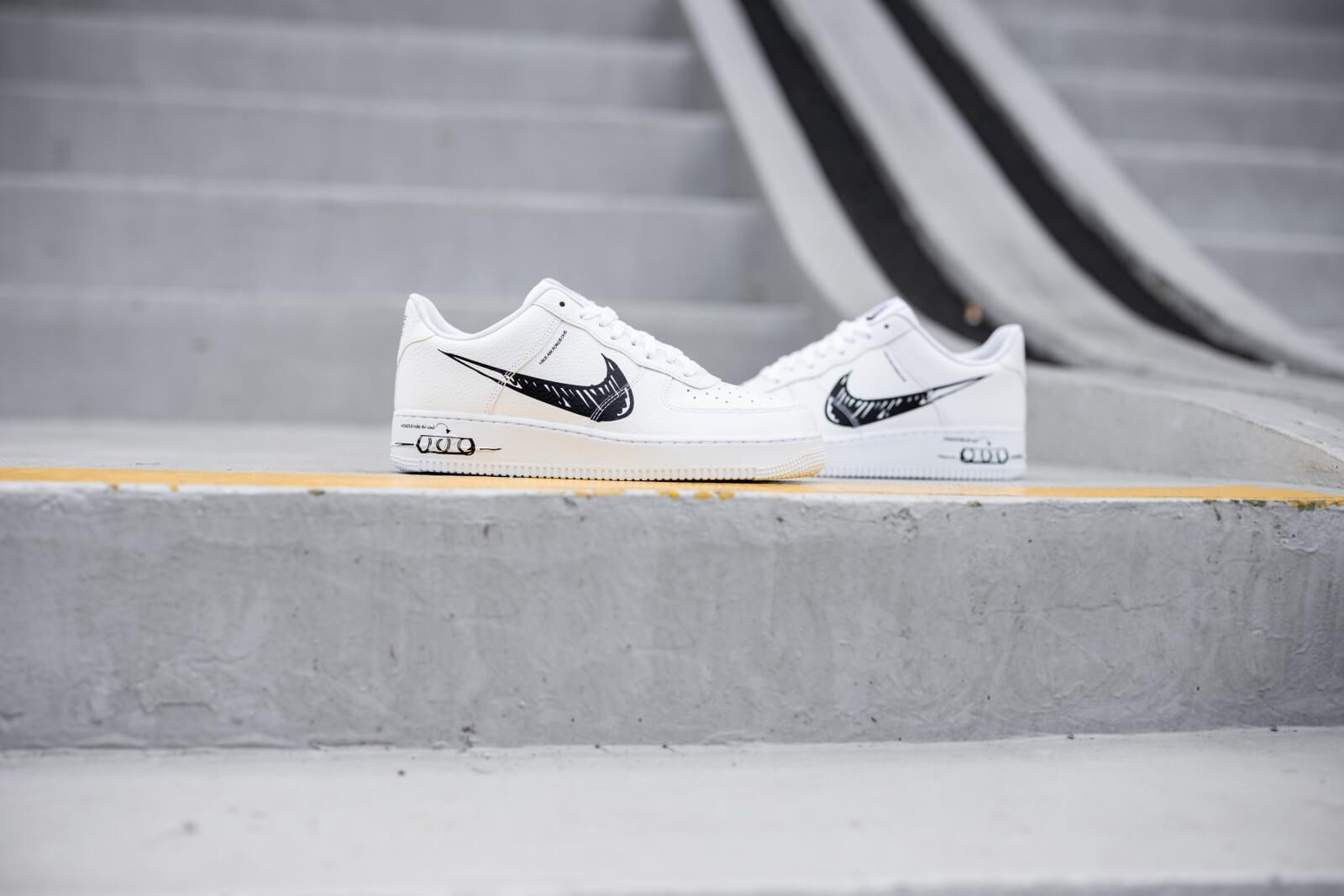 Críticamente sarcoma Impedir  Nike Air Force 1 LV8 Utility Sketch White/Black-White - CW7581-101