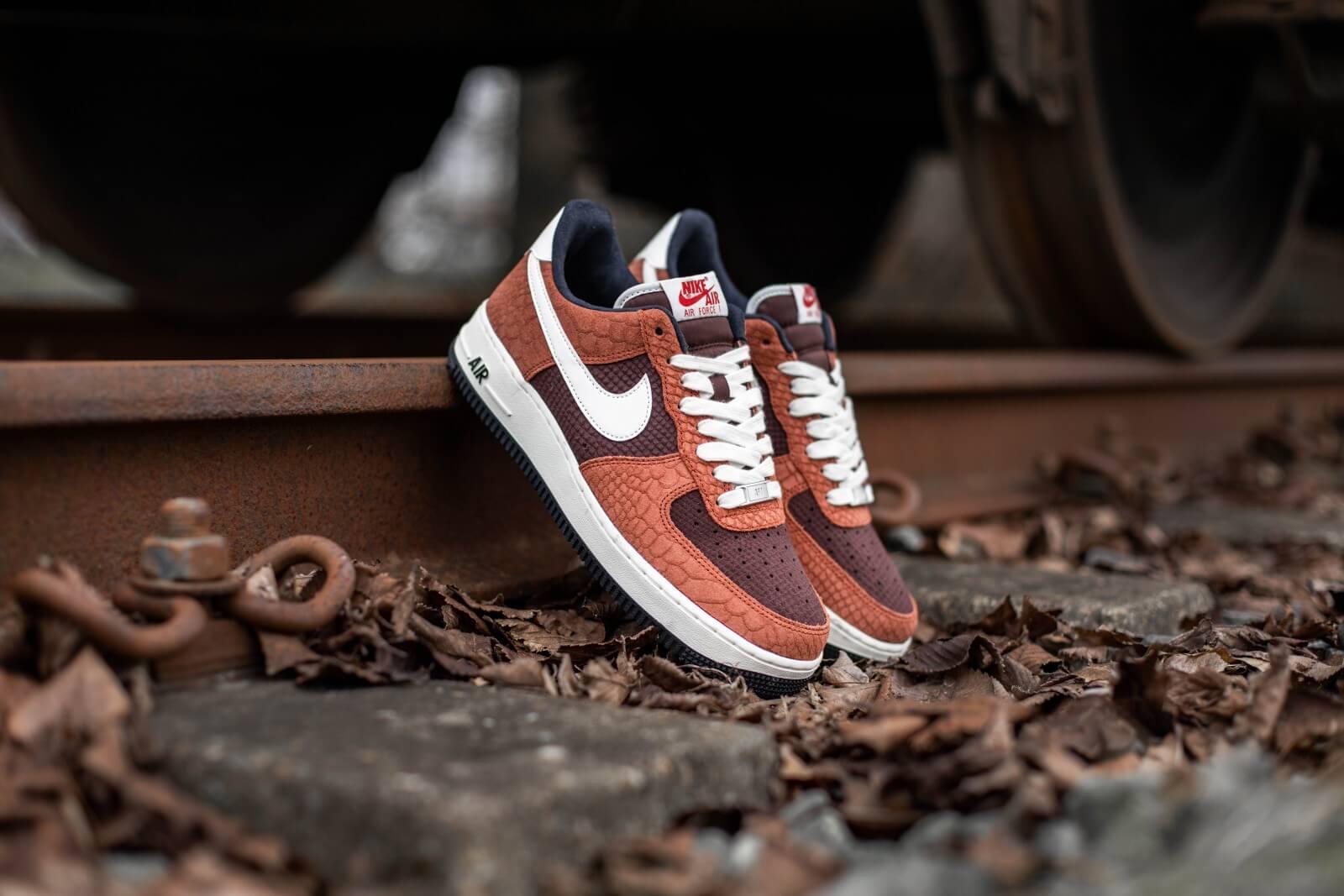 Nike Air Force 1 Premium Red Bark/Sail