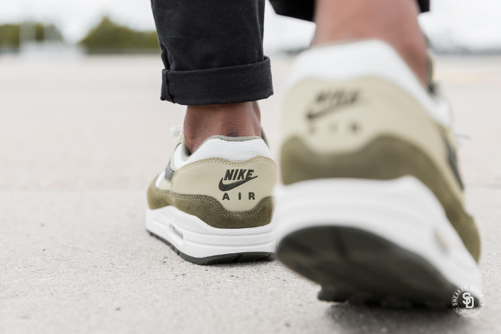 Nike Air Max 1 Medium Olive/Sequoia-Neutral Olive - AH8145-201