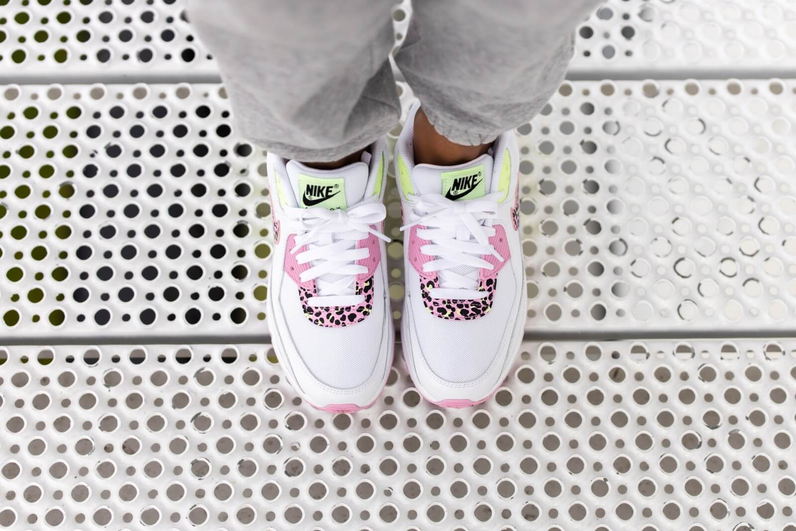 Nike Air Max 90 GS White/Pink Rise-Barely Volt