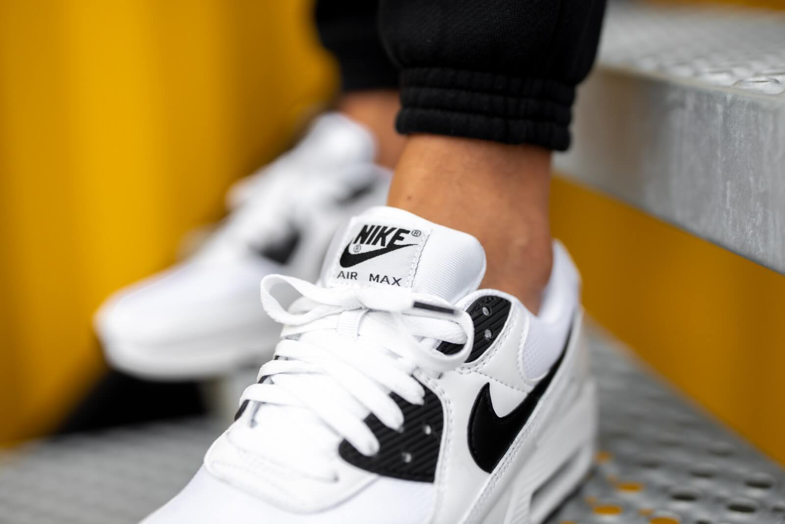 Nike Air Max 90 White/Black