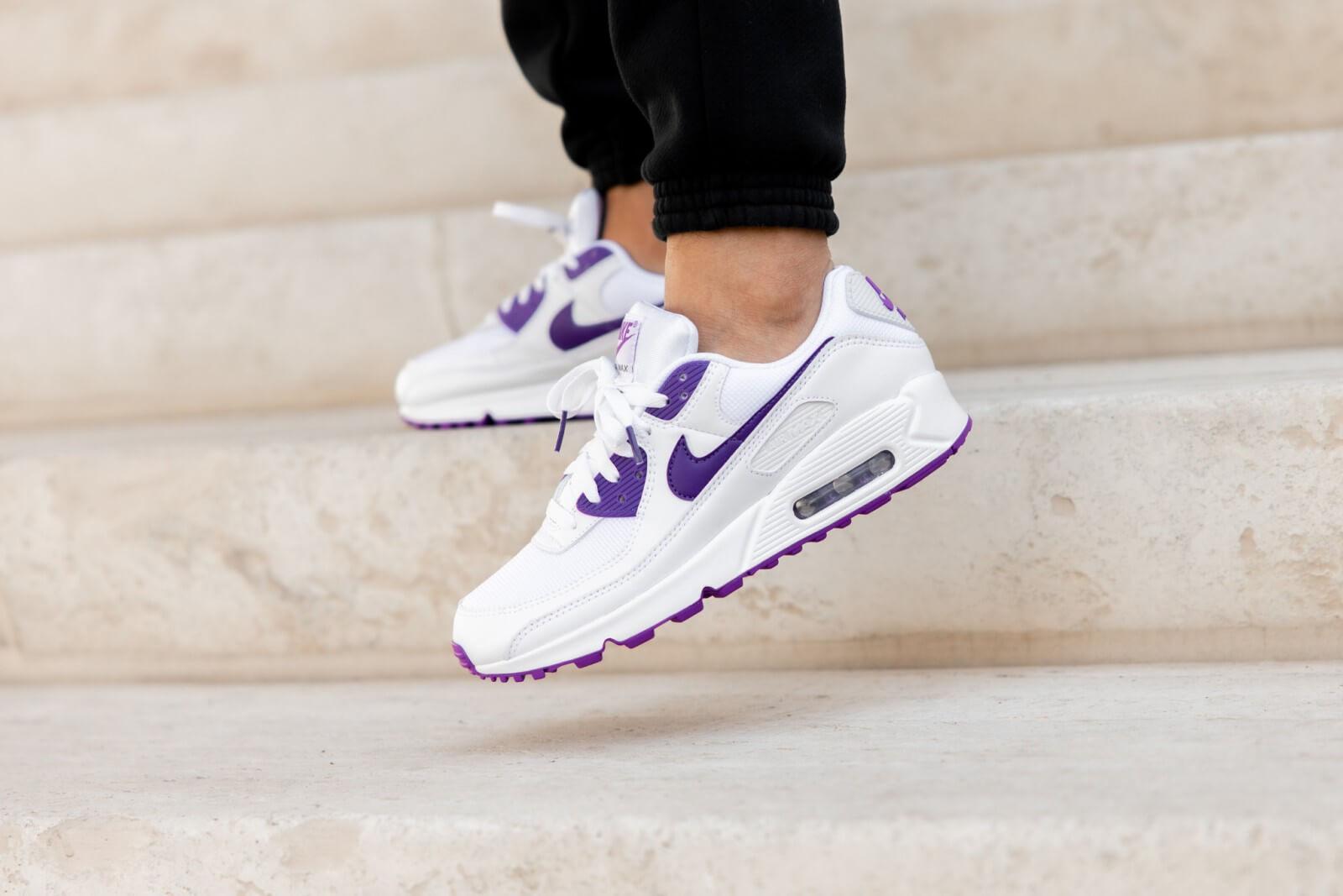 Nike Air Max 90 White/Voltage Purple-Black
