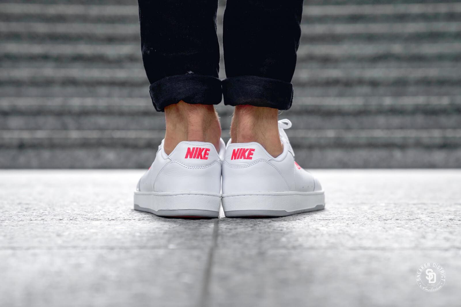 Nike Grandstand II Premium White/Solar