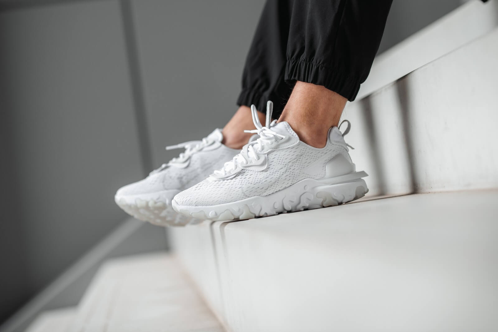 Nike React Vision White/Lite Smoke Grey
