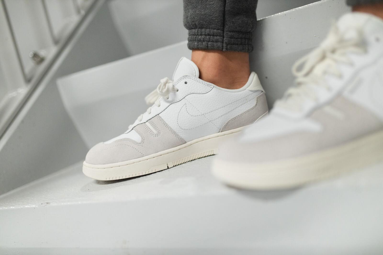 Nike Squash-Type White/Platinum Tint-Sail - CW7587-100