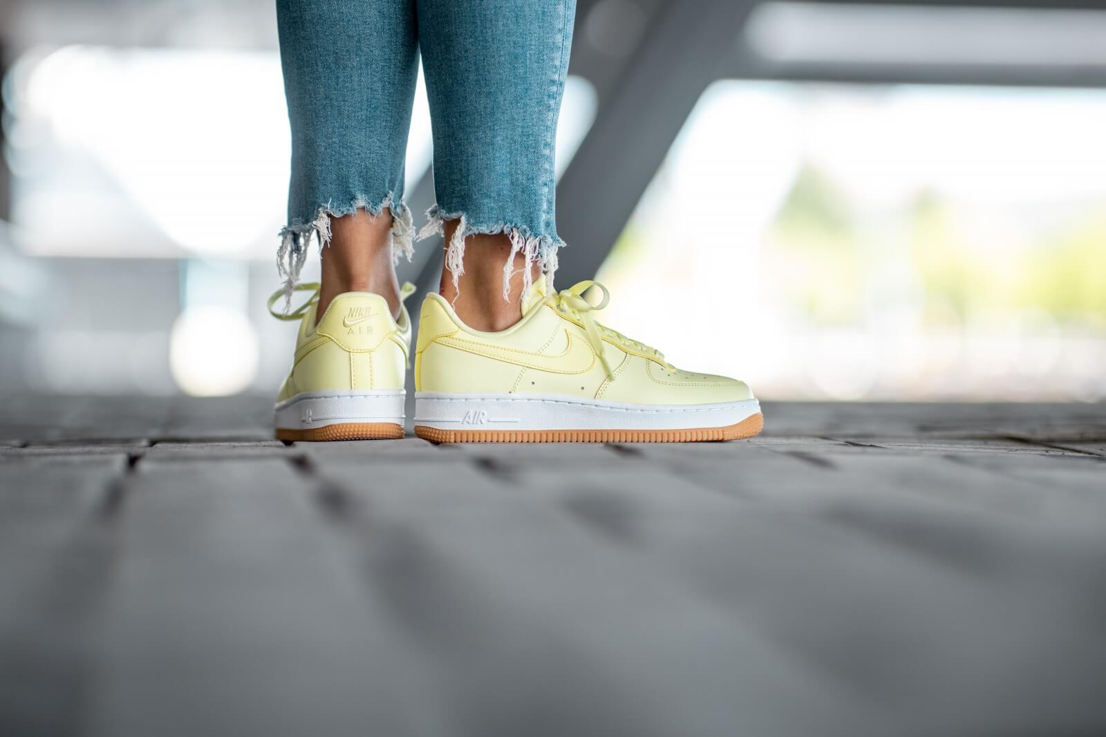 nike air force 1 07 premium green