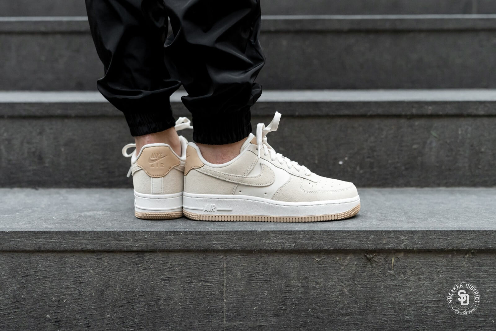 Medieval Aplicado Campo  Nike Women's Air Force 1 '07 Premium Pale Ivory/Summit White - 896185-102