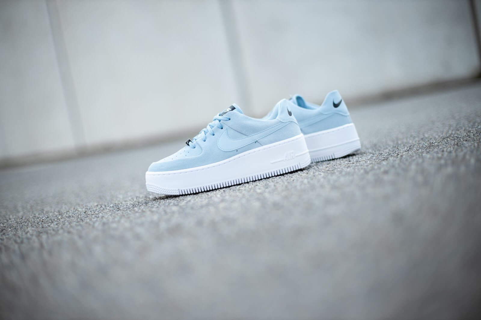 Nike Women's Air Force 1 Sage Low Armory Blue/White