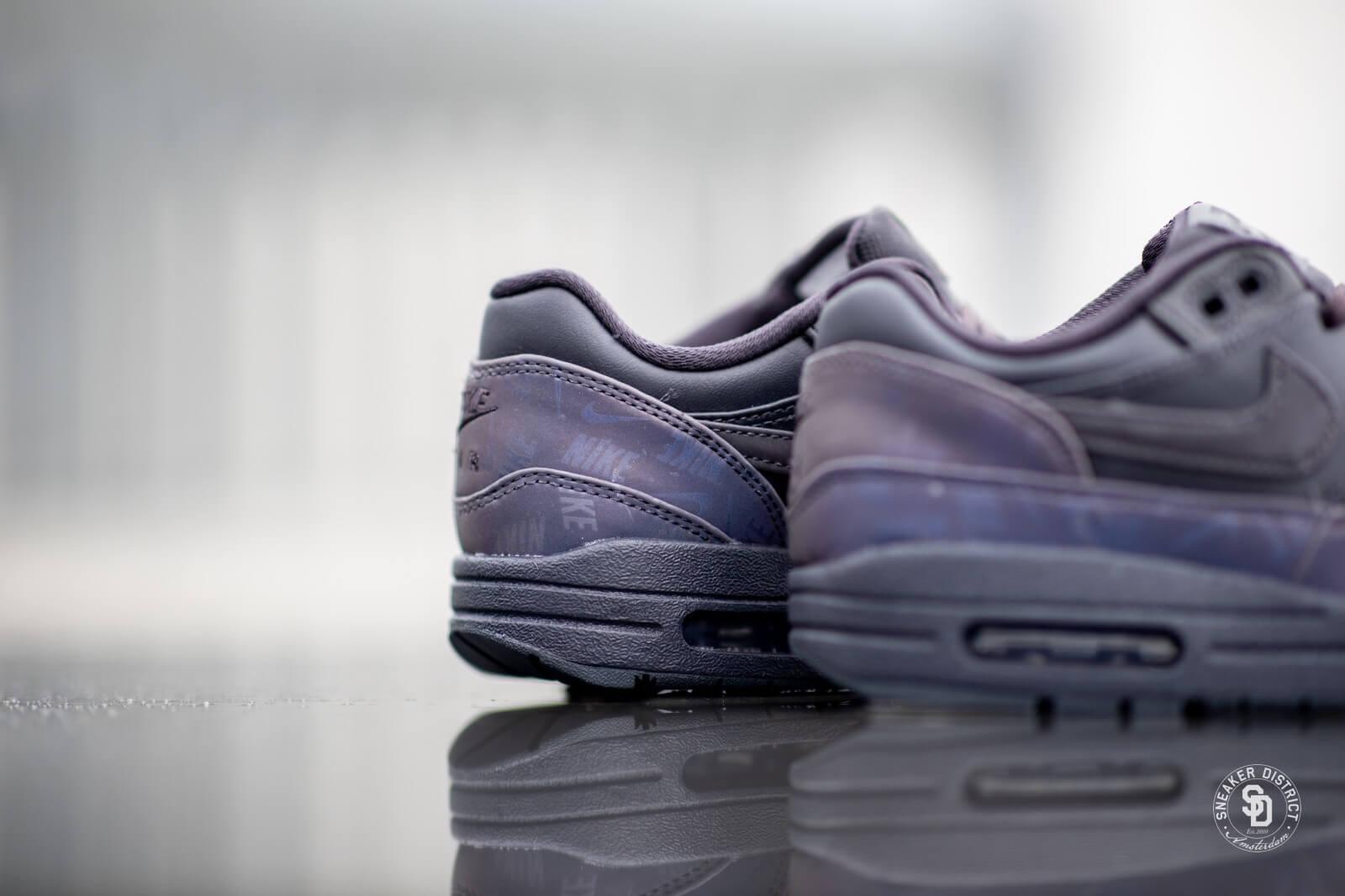 Nike Women's Air Max 1 LX Oil Grey