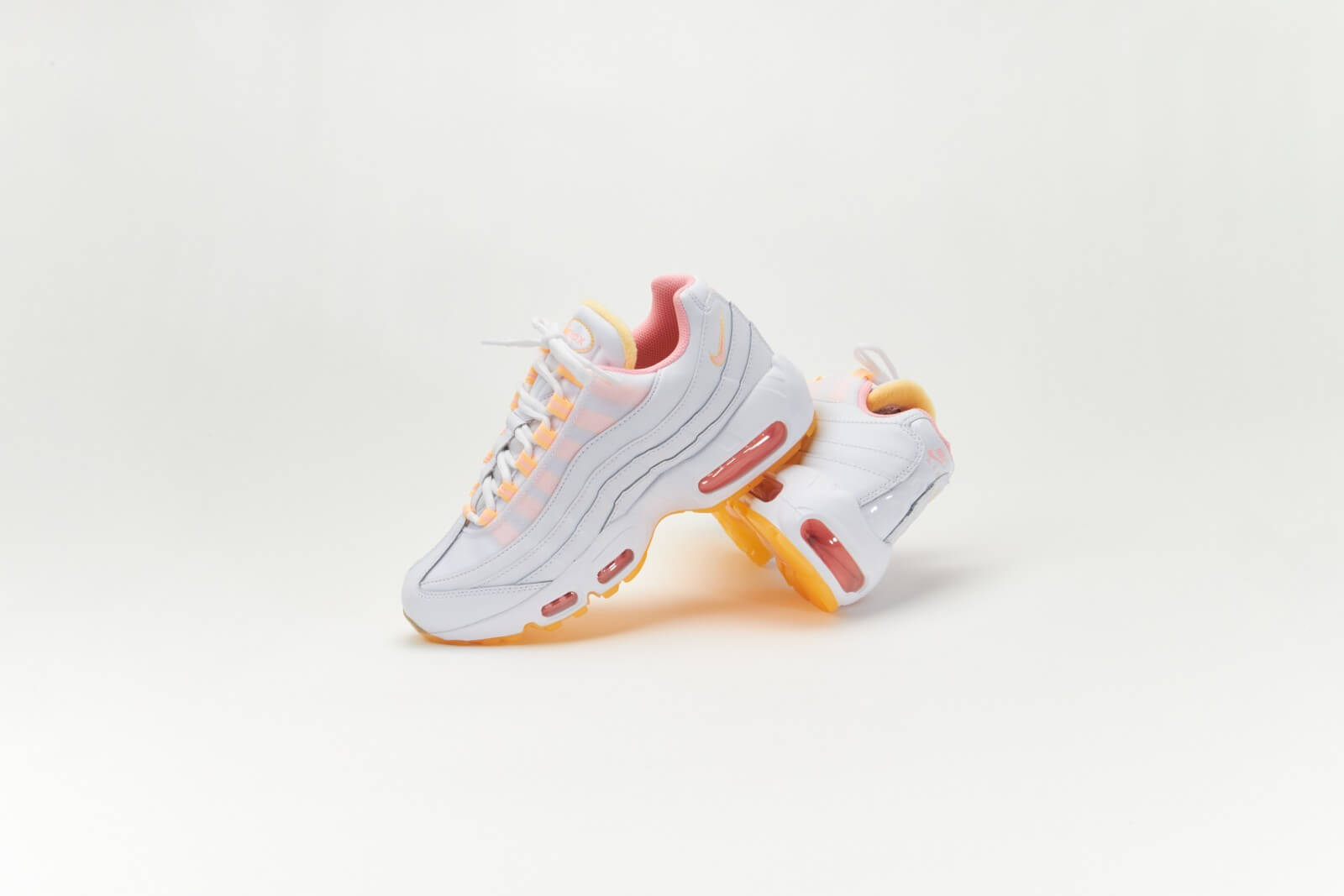 Nike Women's Air Max 95 White/Arctic Punch-Melon Tint