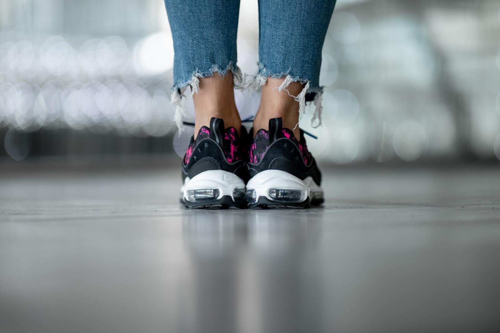 Nike Women's Air Max 98 Premium Camo