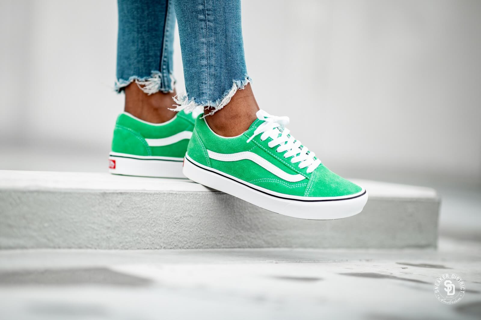 Vans Comfycush Old Skool Fern GreenTrue White VN0A3WMATFI1